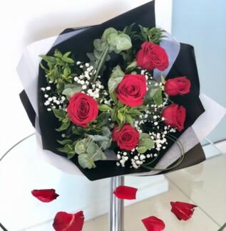 Juliette – Roses & Romance